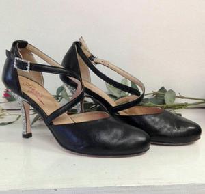 Scarpa Barbara Tacco 8,5 cm